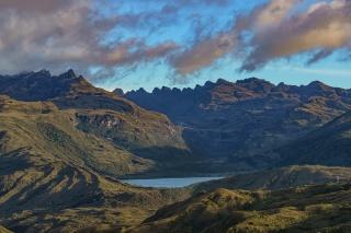 Laguna de Chingaza y Serrania de los Órganos - Leonardo Villa
